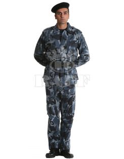 Military Clothing / 1042